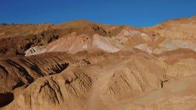 Paleta surpreendente dos artistas no parque nacional de Vale da Morte em Califórnia filme