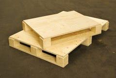 Paletas de madera, logística, cargo Fotos de archivo libres de regalías