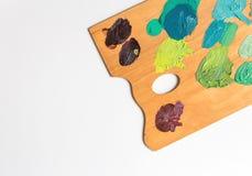 Palette d'artiste avec de diverses couleurs Photographie stock