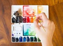 Palette de pinceau et de peinture Photos stock