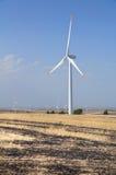 Palette della turbina del vento in campagna. Fotografia Stock Libera da Diritti