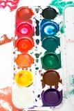 Palette der Aquarellfarbe der Kinder Lizenzfreies Stockfoto