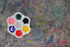 Palette with paint on table paint Royalty Free Stock Photography