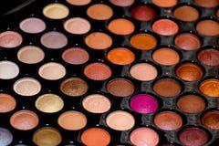 Palette professionnelle des fards à paupières colorés, plan rapproché Photos stock