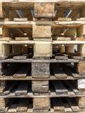 Paletter av trä Fotografering för Bildbyråer