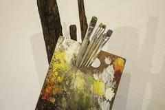 Palettes de peinture à l'huile Images libres de droits