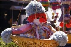 Palhaço em uma cesta Fotografia de Stock Royalty Free
