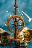 Palha mágica da rotação da roda de gerencio ao ouro fotografia de stock royalty free