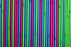 Palhas bebendo coloridas imagens de stock