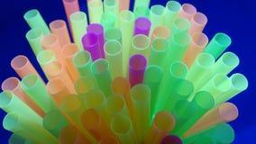 Palhas bebendo perto acima Imagem de Stock