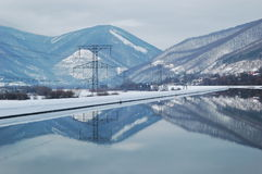 Pali di elettricità da acqua Fotografia Stock Libera da Diritti