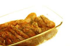 Palillo adobado crudo de la carne del pollo del primer Imagen de archivo libre de regalías