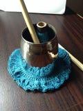 Palillo de bambú con hilado en el tenedor de plata Imágenes de archivo libres de regalías