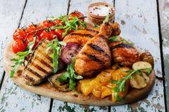 Palillo de pollo asado a la parilla Foto de archivo libre de regalías