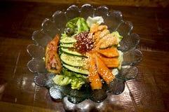 Palillo del cangrejo del sashimi de la ensalada fotografía de archivo libre de regalías