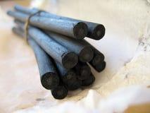Palillos 2 del carbón de leña imagen de archivo libre de regalías
