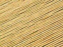 Palillos angulosos de la estera de bambú Imagen de archivo libre de regalías