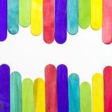 Palillos coloridos dispuestos del helado Fotografía de archivo libre de regalías
