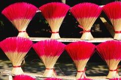 Palillos de ídolo chino coloreados en Vietnam Fotografía de archivo libre de regalías