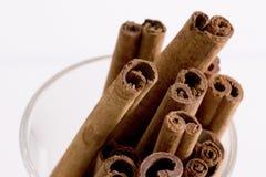 Palillos de canela. fotos de archivo