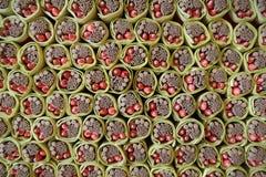 Palillos del incienso en papel del ídolo chino Foto de archivo libre de regalías