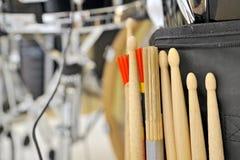 Palillos del tambor y del tambor Imagen de archivo libre de regalías