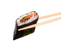 Palillos taked sushi Fotos de archivo libres de regalías