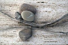 Palillos y piedras Fotos de archivo libres de regalías