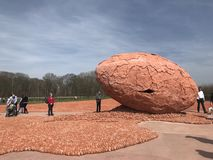 Belgium honouring its civilian and military dead with the 600000 clay figures. Palingbeek, Belgium-04/2018: Remembrance installation of 600,000 crouching clay stock images