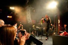 Paliwowy fandango wykonuje przy Apolo (elektroniczny, boj, fuzja i flamenco zespół,) (miejsce wydarzenia) zdjęcie stock
