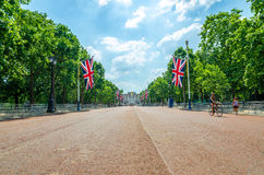 Pall Mall in London on a summer`s day. June 2017 - The Mall looking southwest towards Buckingham Palace. The Mall is a road in the City of Westminster, between royalty free stock photos