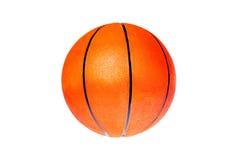 Palla arancio di pallacanestro su un fondo bianco immagine stock