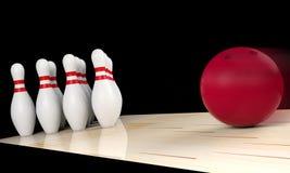 Palla da bowling che si muove diritto verso il perno di bowling Concetto di sport dell'interno Immagine Stock