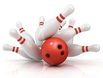 Palla da bowling rossa e perno sparso Immagini Stock Libere da Diritti