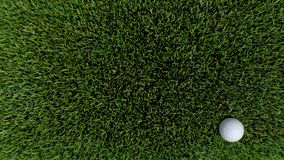Palla da golf su verde 05 Fotografie Stock Libere da Diritti