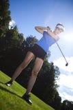 Palla da golf sul prato verde, driver fotografia stock