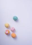 palla del gelato o del ripartitore sui precedenti Immagini Stock Libere da Diritti