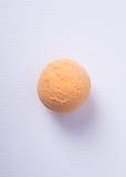 palla del gelato o del ripartitore sui precedenti Immagine Stock