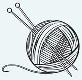 Palla di filato e degli aghi Fotografia Stock