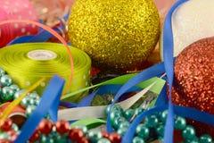 Palla di Natale, carta dell'invito del nuovo anno, diamanti Immagini Stock Libere da Diritti