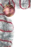 Palla di Natale con la collana Fotografie Stock Libere da Diritti