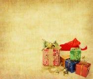 Palla di Natale su fondo d'annata Immagini Stock Libere da Diritti