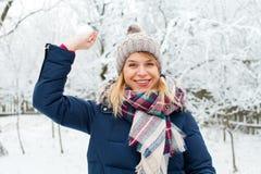 Palla di neve in mia mano Fotografia Stock Libera da Diritti