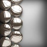 Palla di pallavolo e fondo della parete del metallo Fotografie Stock Libere da Diritti