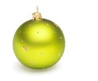 Palla di verde della decorazione dell'albero di Natale Immagini Stock Libere da Diritti