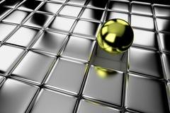 Palla differente dell'oro che sta fuori nella folla Fotografia Stock