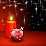 Palla e candela rosse di natale Immagini Stock Libere da Diritti