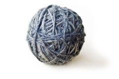 Palla fatta di lana dalle pecore fotografia stock libera da diritti