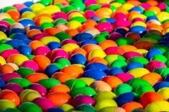 Palla fortunata variopinta dell'uovo per il gioco fortunato di tiraggio fotografia stock libera da diritti