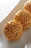 Palla glutinosa del sesamo Fotografie Stock Libere da Diritti